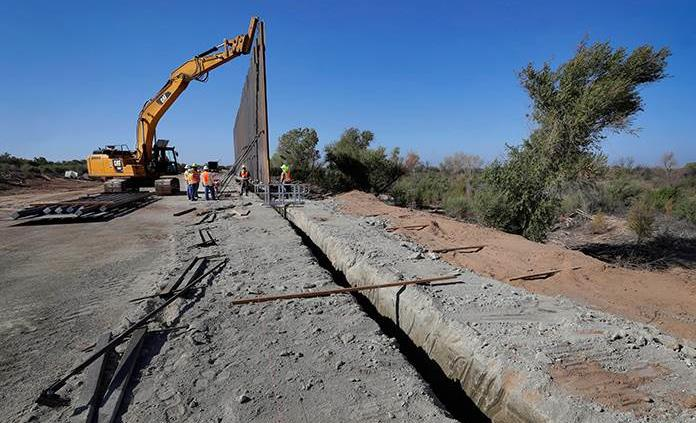 Corte Suprema no detendrá proyectos de muro fronterizo