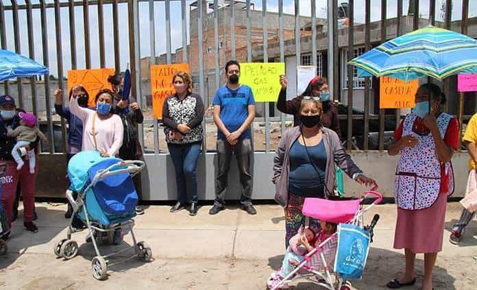 Protestan vecinos contra instalación de una gasera