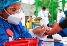 La pandemia pone en aprietos a hospitales y funerarias en Colombia