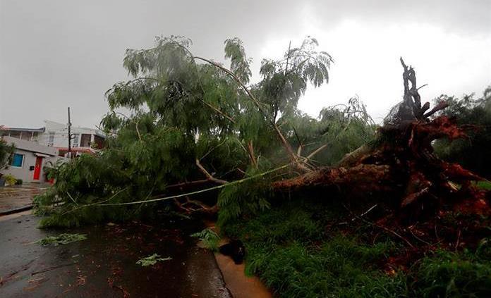 Puerto Rico confirma una muerte por el paso de Isaías