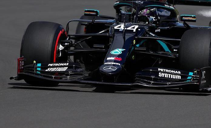 Lewis Hamilton saldrá desde la pole en Silverstone