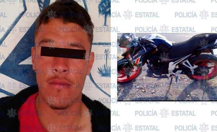 Joven tripulaba motocicleta robada