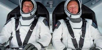 Tripulantes de la cápsula Dragon Endeavour regresan a la tierra desde la Estación Espacial Internacional