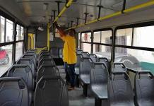 Vigilan sanitización en transporte público