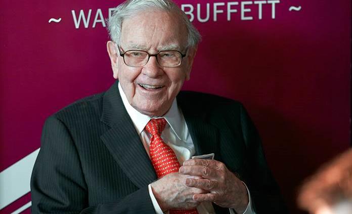 Warren Buffett elige sucesor para su conglomerado tras años de especulaciones
