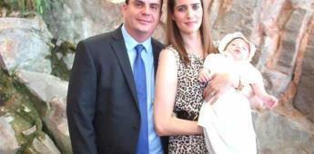 Valeria Macías Guerra recibió feliz el bautismo