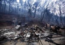 Calor dificulta combate de incendio al norte de Los Ángeles