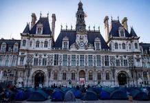 Imputan al Ayuntamiento de París y al síndico por una explosión con 4 muertos
