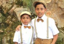 José María y Rafael Rocha Orozco reciben la primera comunión