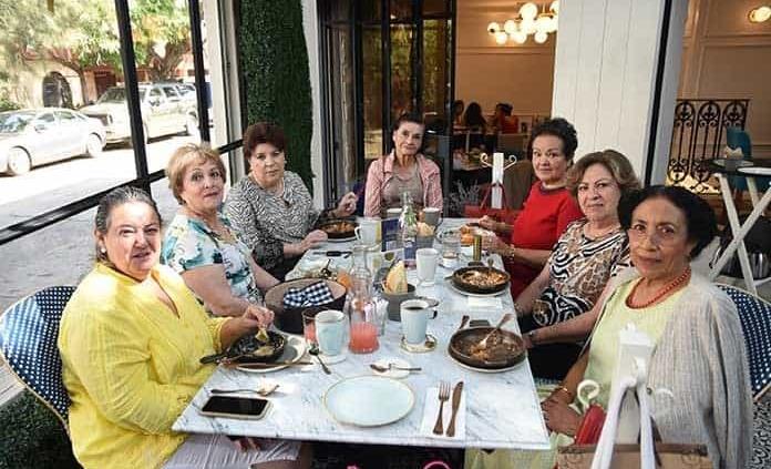 Rosa Helia Villa de Mebius celebró su cumpleaños