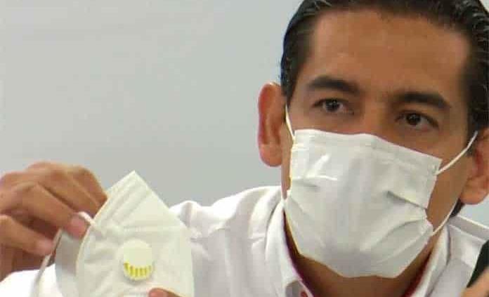 Replica Salud de SLP advertencia de la OMS; pide usar cubrebocas sin válvula