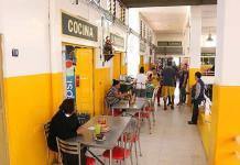 Puestos de comida, los únicos beneficiados en el Mercado Hidalgo durante El Buen fin