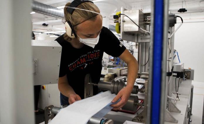 Escasez de materia prima afecta producción de N95 en EEUU