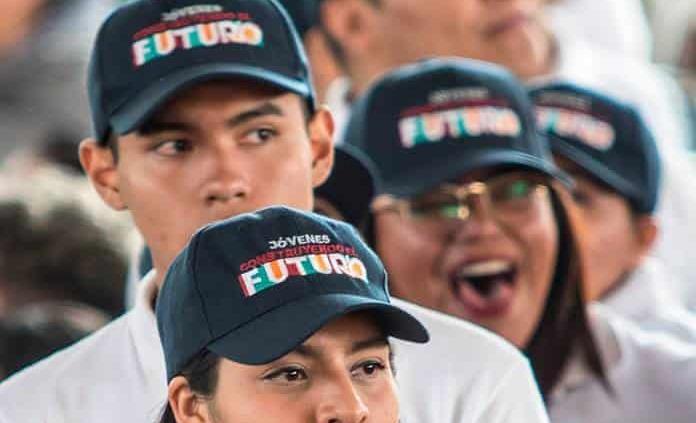 Consulta los resultados de beca Jóvenes Escribiendo el Futuro 2021