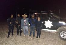 Rescatan a dos hombres que se extraviaron en la sierra de San Miguelito
