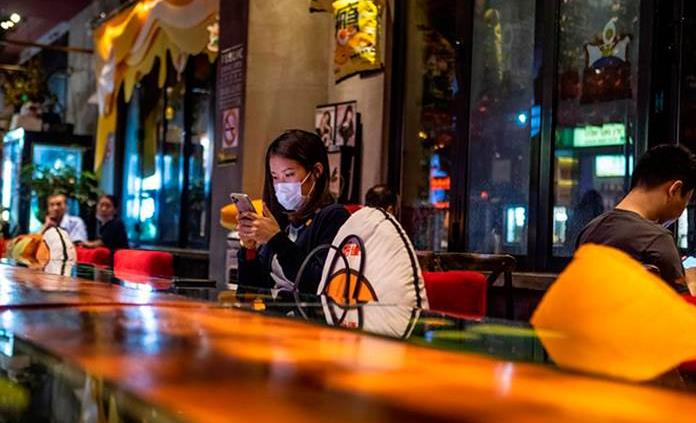 China registra 12 nuevos casos importados y 31 días sin contagios locales