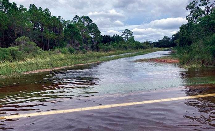 Alertan de posibles inundaciones históricas por el huracán Sally en EEUU