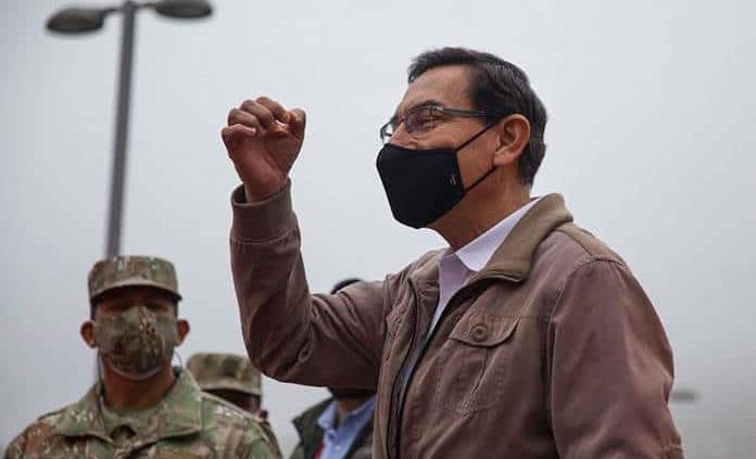 El juicio político a presidente de Perú eclipsa combate a la pandemia