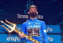 Conquista Simon Yates la Tirreno