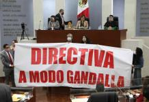 """Entre gritos de le tocaba a Morena y """"traidores a la patria inicia el tercer año de actividades legislativas"""