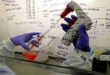 EEUU presenta plan sobre vacunas contra coronavirus