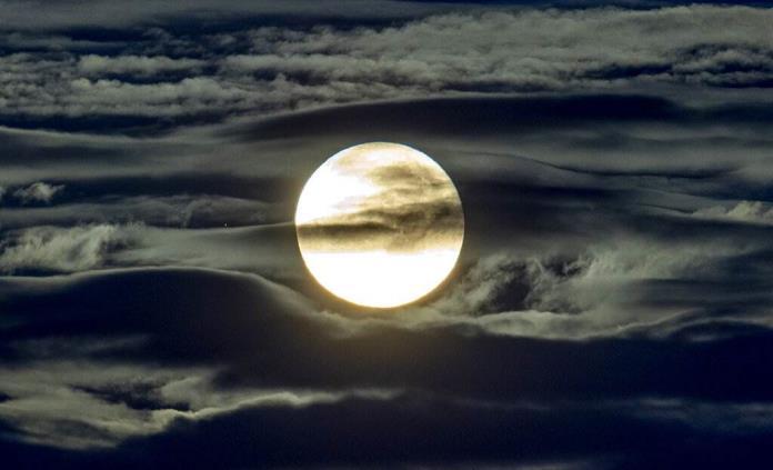 Cuáles son los fenómenos celestes de mayo y cómo verlos