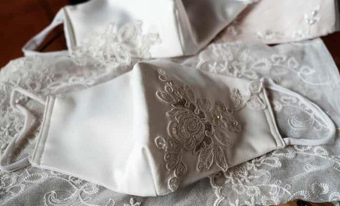 Mascarillas de seda, la apuesta de una joven chilena para bodas en pandemia