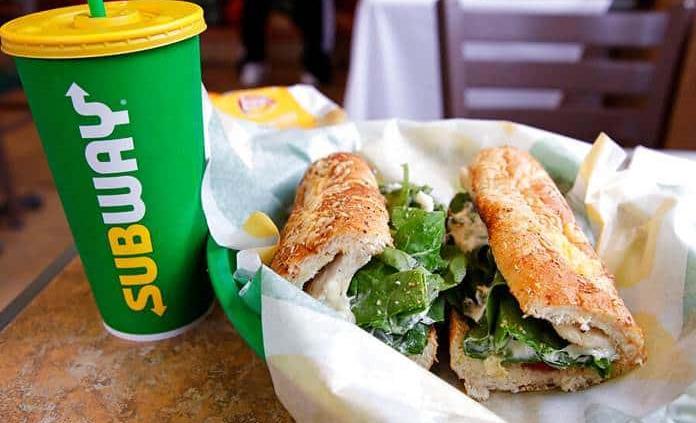 Demandan a la cadena de restaurantes Subway por utilizar atún falso
