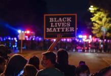 Protesta en Wisconsin concluye con caótico arresto