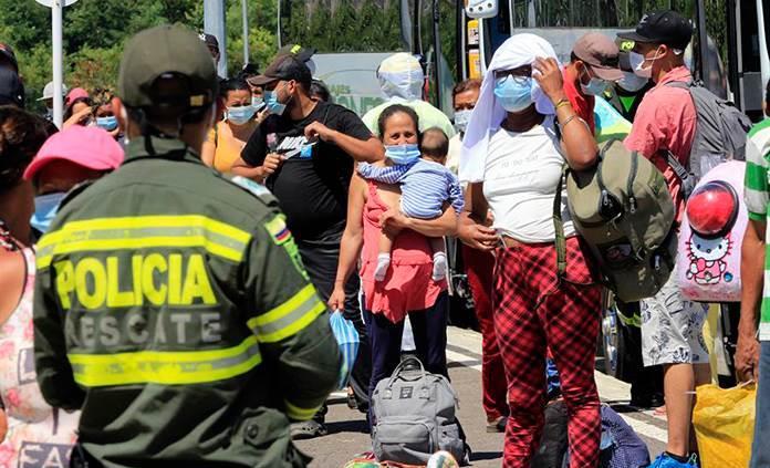 Colombia informa 8 mil 372 casos nuevos y se acerca a los 950 mil contagios