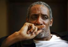 Hombre es arrestado por muerte del actor Thomas Jefferson Byrd