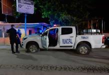 Civiles armados atacan a balazos a elementos de la Policía Municipal