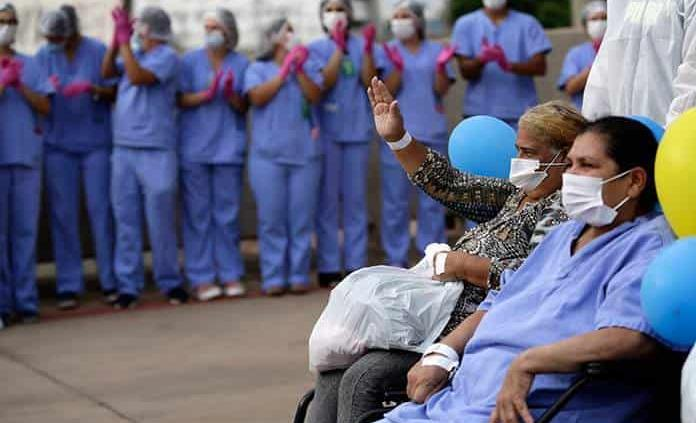 Brasil sobrepasa 153,000 muertos