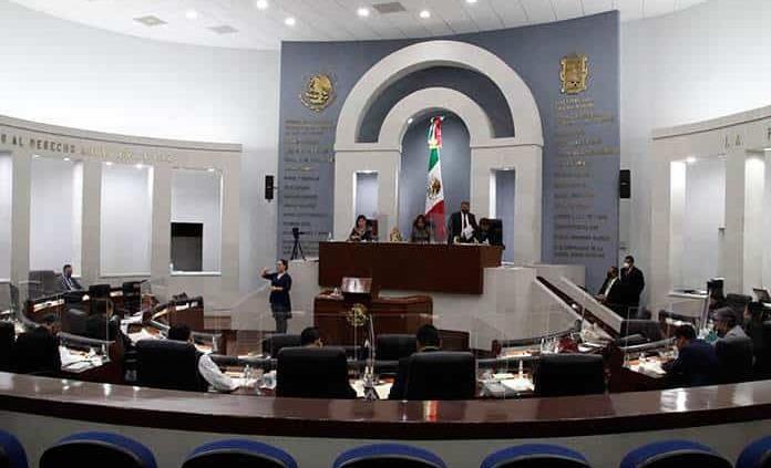 Desechan juicios contra Nava y Gallardo Juárez