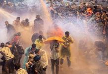 Policía tailandesa reprime protestas