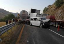 Aparatosa carambola deja saldo de dos personas fallecidas en la carretera a México