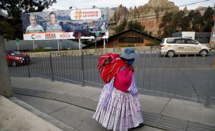 Órgano electoral suspende conteo preliminar en Bolivia