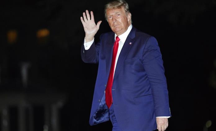 Trump minimiza la pandemia con una determinación renovada