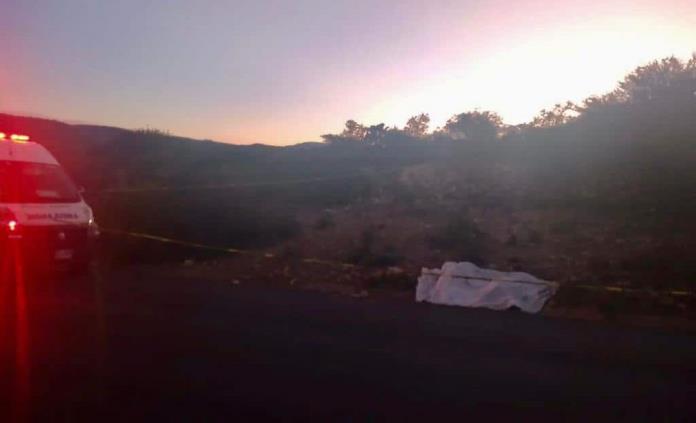 Encuentran dos cadáveres y una cartulina con un mensaje en Villa de Reyes
