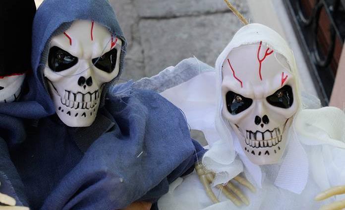 Desde Puebla trae sus adornos de Halloween