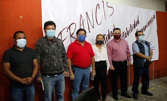 Francisca Reséndiz quiere candidatura a gubernatura