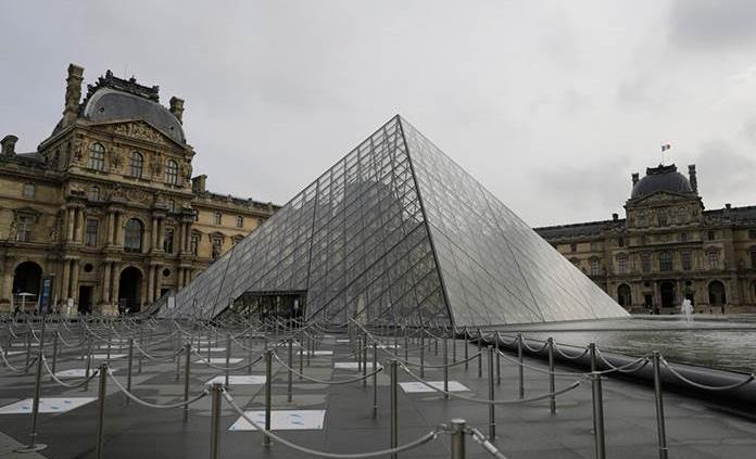 El Louvre lanza en internet una recreación virtual de la visita del museo