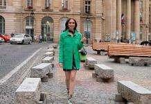 """Emily in Paris"" impone tendencia en la moda"