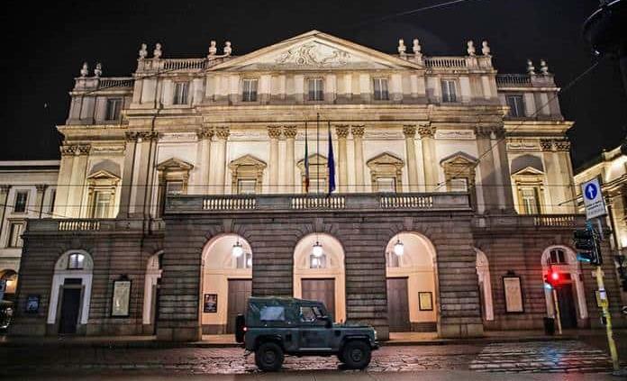 La pandemia entra en La Scala de Milán y contagia a 27 artistas