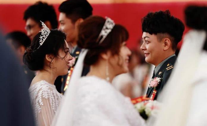 Un sí, quiero histórico: primera boda homosexual en el Ejército de Taiwán