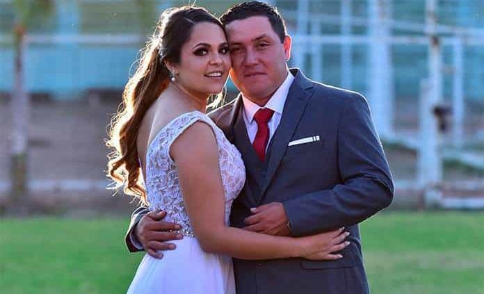 Bettsy Torres Mercadoy Francisco Reyna Navarro realizan su enlace civil