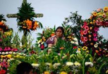 Fiesta de las almas, tradición indígena para venerar a los muertos en México