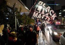 Cientos de manifestantes se reúnen cerca de la Casa Blanca