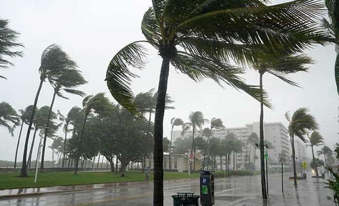 Los huracanes duran más y llegan más tierra adentro por el cambio climático