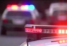 Mujer muere atropellada por hombres armados perseguidos por policías